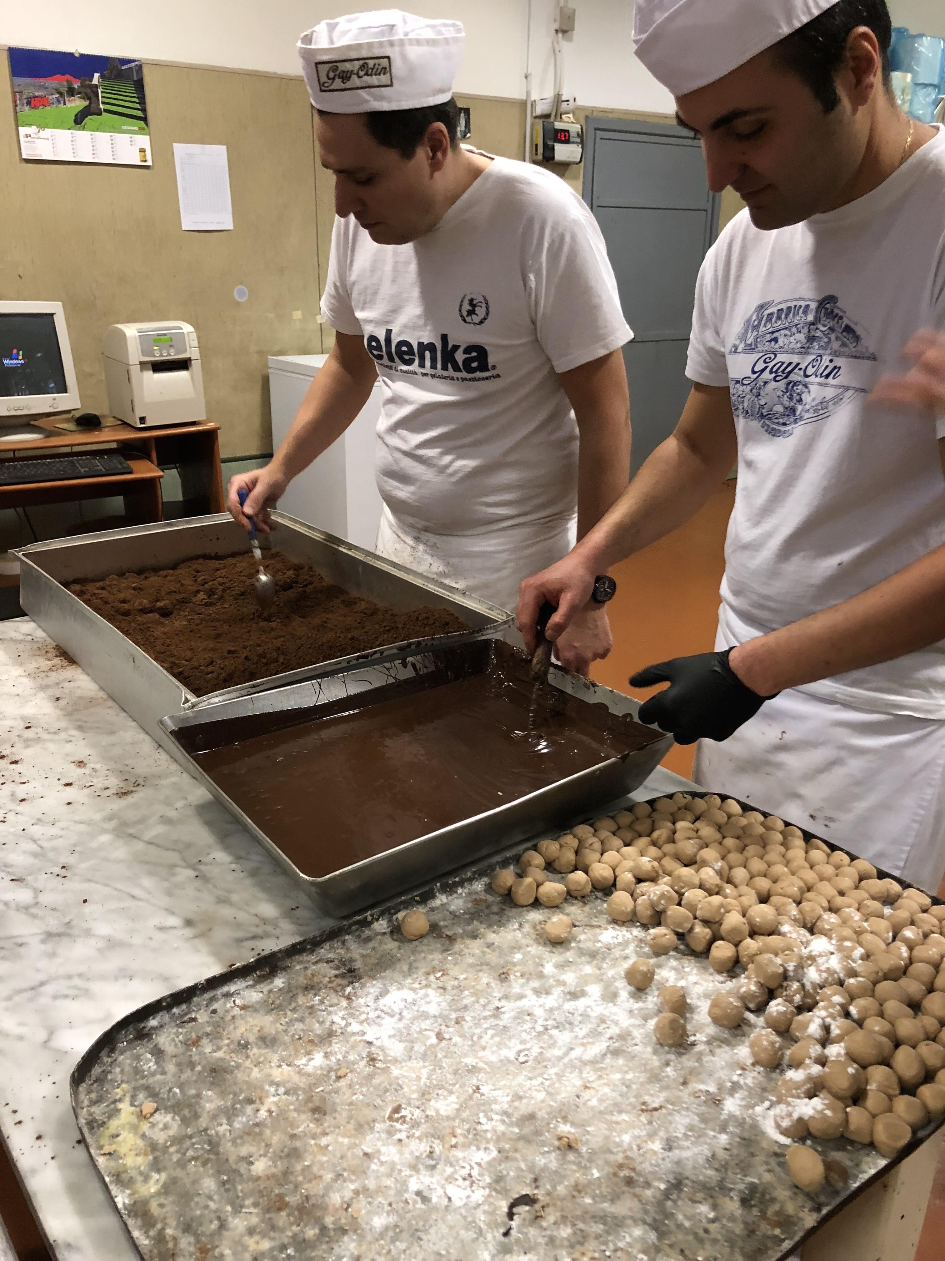 Napoli il pane e le rose Talpa produzioni 2018