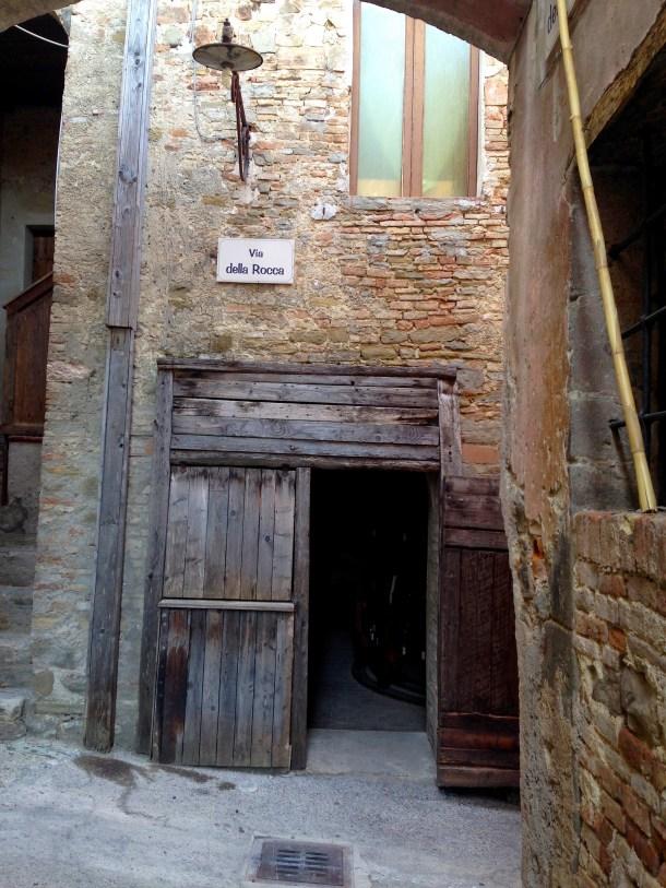 Umbria passeggiando nella storia Talpa produzioni 2016